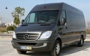 Advantages of Choosing Minibus Hire Grantham Based Services