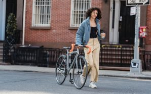 What is a commuter bike used for?